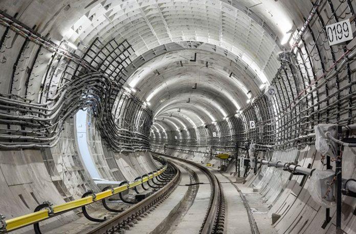 42 км под землей: столичные метростроевцы опять идут на рекорд
