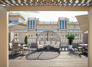 Отдыхать на крыше: в ЖК «Суббота» появилась большая lounge-зона